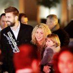 شکیرا و همسرش در حین قدم زدن در خیابان های بارسلونا +عکس