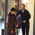 خواهر کیت میدلتون و نامزدش جیمز متیوز در فروشگاه گرانقیمتی در لندن +عکس