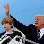 پسر دونالد ترامپ در اولین حضور خود پس از به ریاست جمهوری رسیدن پدرش +عکس