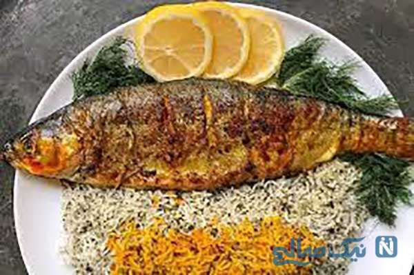 سبزی پلو با ماهی خانگی