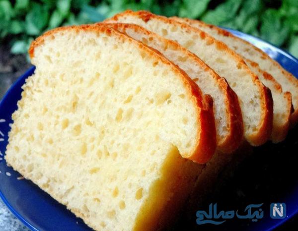 شیرینی با نان تست