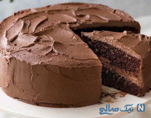 کیک شکلاتی ساده