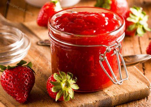 طرز تهیه مربای توت فرنگی