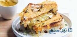 میان وعده سبک و سریع با نان تست پنیری!