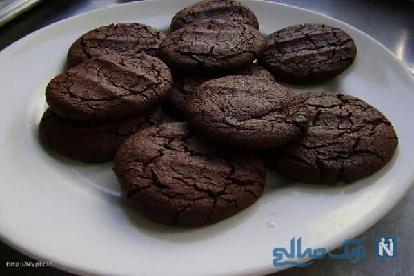 چگونه کلوچه شکلاتی خانگی تهیه کنیم؟