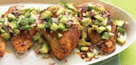دستورغذایی های مارتا استوارت و اینبار مرغ فلفلی با سالسای آواکادو +عکس