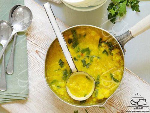 سوپ گل کلم و زردچوبه