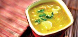 طرز تهیه سوپ آرام بخش، گل کلم و زردچوبه +عکس