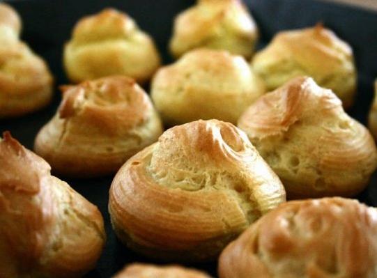 نان خامه ای محبوب و خوشمزه را در منزل تهیه کنید! +عکس