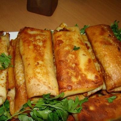 طرز تهیه پیراشکی خوشمزه خانگی با خمیر بلینی! +عکس
