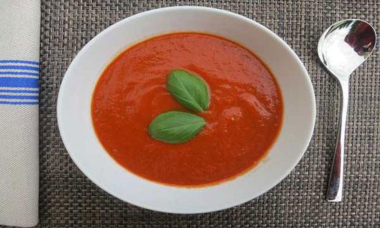 طعم واقعی غذاهای مدیترانه ای، با سوپ فلفل دلمه ای +عکس