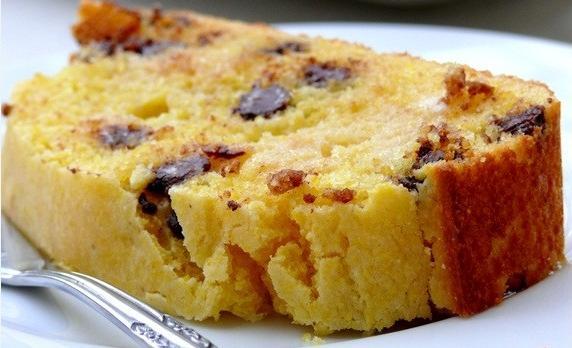 طرز تهیه کیک کشمشی مخصوص صبحانه +عکس
