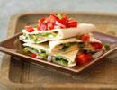 طرز تهیه کسادیا مرغ و فلفل ( پیش غذای مکزیکی )