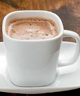 نوشیدنی لذیذ زمستانی:شکلات داغ با طعم قهوه +عکس