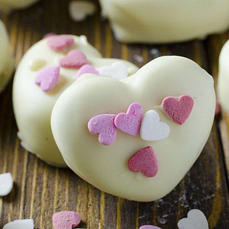 بیسکویت های با طرح قلب ، دسری خوشمزه و جدید +عکس