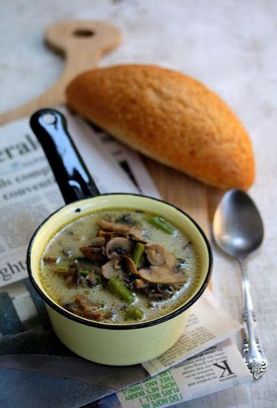 طرز تهیه سوپ جدید قارچ و مارچوبه +عکس
