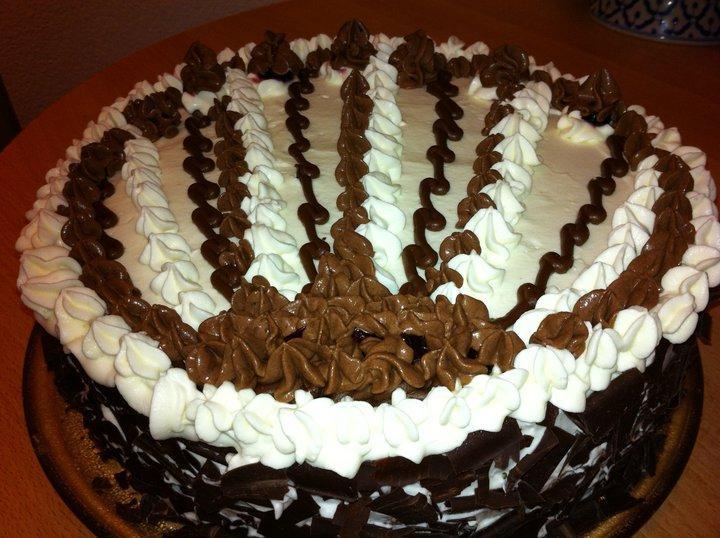 یک دستور خاص و عالی برای تهیه کیک شکلاتی محبوب!+عکس