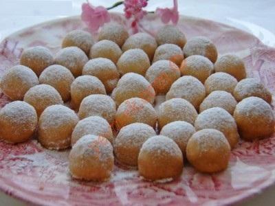 شیرینی میسکت ، توپ های مغزدار لذیذ!+عکس