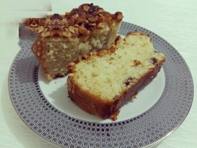کیک میوه ای فوق العاده با رویه فندق!+عکس