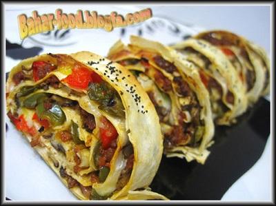 رولت لذیذ گوشت با خمیر یوفکا +عکس