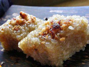 طرز تهیه کیک برنجی مخصوص کُره ای با بادام هندی! عکس