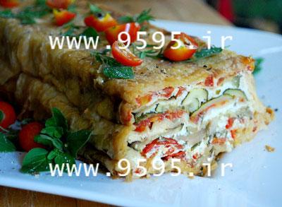 ناپلئونی کدو گوجه با خمیر یوفکا غذایی خاص و لذیذ! +عکس