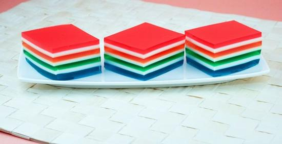 ژله ۷ لایه رنگین کمانی خوشمزه و ساده! +عکس