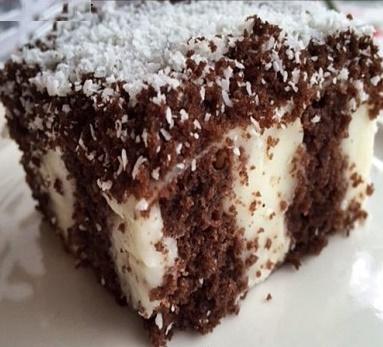 کیک کاکائویی پودینگ دار خوشمزه با دستوری ساده!+عکس