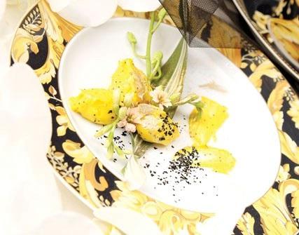 پودینگ زعفرانی ، دسر خوشمزه مقوی مخصوص ماه رمضان!+عکس