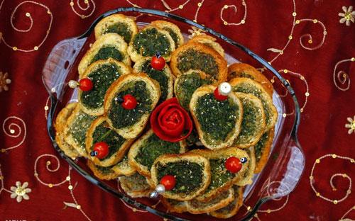 کوکو سبزی مجلسی با نان باگت، زیبا و لذیذ!+عکس
