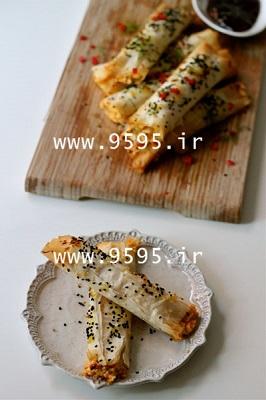 بورک پنیر فتا ، شوید و فلفل قرمز با خمیر یوفکا , یه صبحونه عالی و متفاوت! +عکس