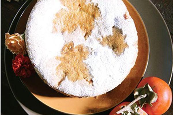 کیک خرمالو را فقط می توان زمستان تهیه کرد!+عکس