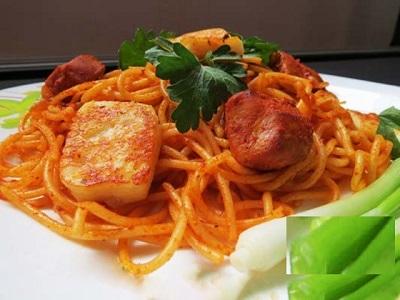 اسپاگتی با مرغ را امتحان کرده اید؟!+عکس