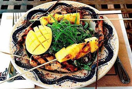 چیکن ساتای، غذای مشهور تایلند +عکس