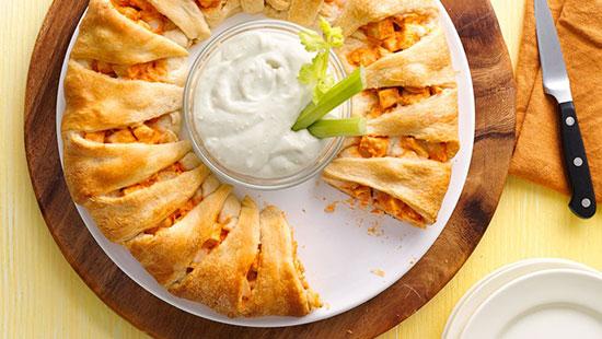 طرز تهیه حلقه خمیری با مرغ ، غذایی زیبا با طعمی عالی +عکس