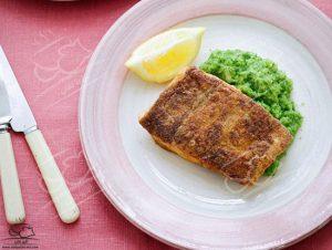 طرز تهیه ماهی با پوره کلم بروکلی