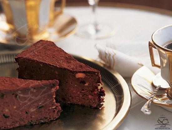 طرز تهیه تورت شکلات و فندق ، کیک شکلاتیِ بدون آرد +عکس