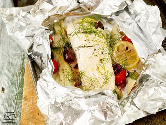 طرز تهیه ماهی در فر با فویل روشی بسیار عالی و سالم +عکس