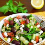 طرز تهیه سالاد ترکیهای با کُلی سبزیجاتِ سبز +عکس