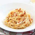 طرز تهیه پاستا با سیر و فلفل تند مناسب گیاهخواران +عکس