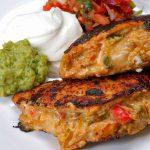 طرز تهیه مرغ شکم پر با پنیر فلفلی به سبک مکزیکی ها +عکس