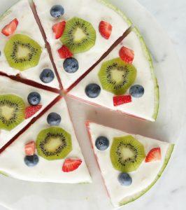طرز تهیه پیتزای میوه ای