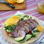 طرز تهیه سالاد گوشت بریان و سبزیجات با سس مخصوص +عکس