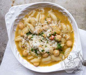 طرز تهیه سوپ پاستا و نخود