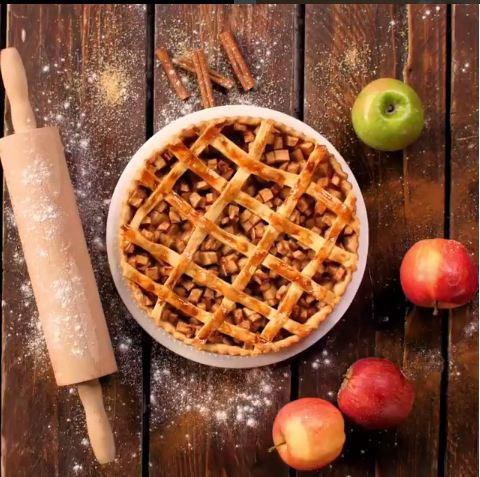 طرز تهیه پای سیب و دارچین در خانه +عکس