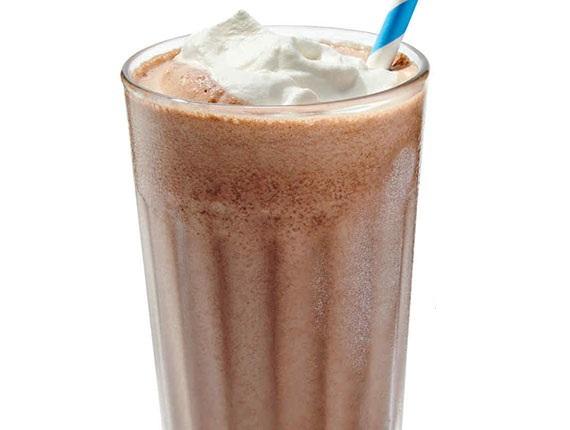 طرز تهیه شکلات داغ یخ زده یک نوشیدنی پر طرفدار از مارتا استوارت +عکس
