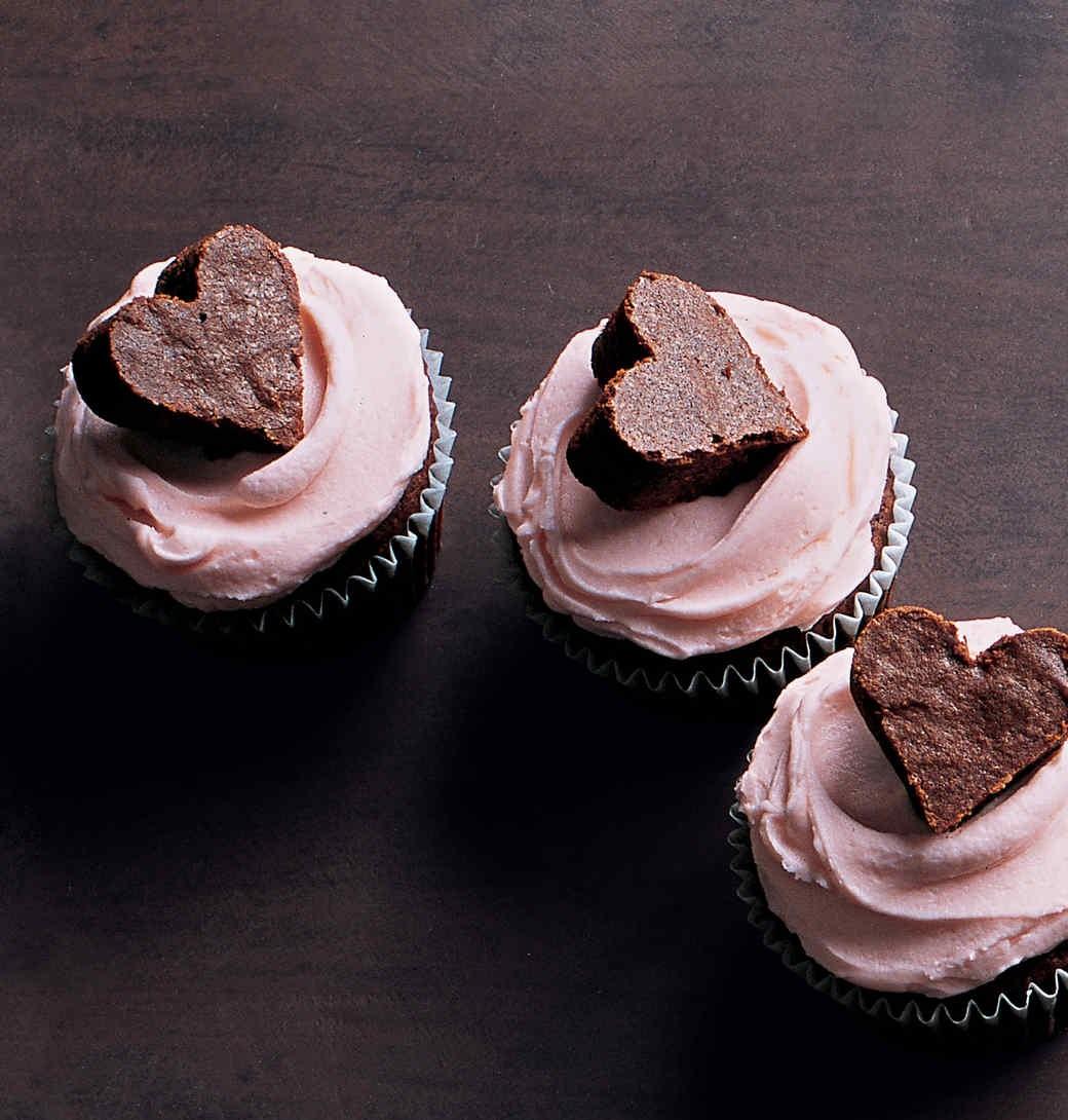 طرز تهیه کاپ کیک قلبی شکلاتی +عکس