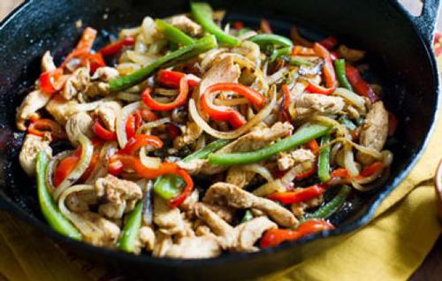 طرز تهیه خوراک مرغ و سبزیجات +عکس