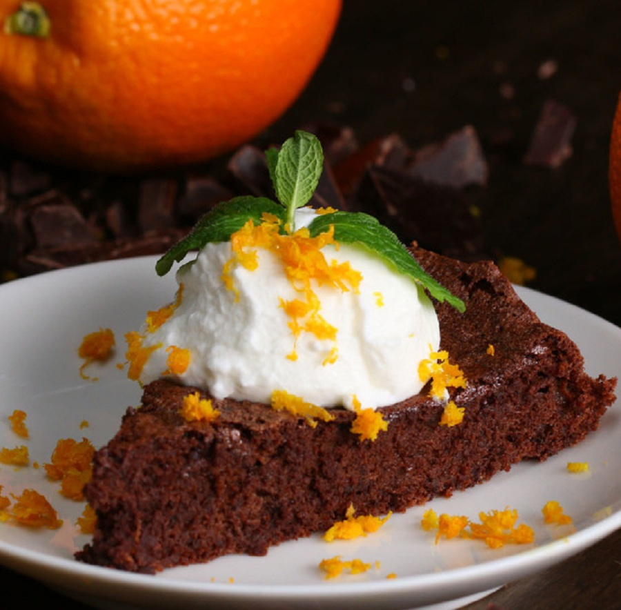 طرز تهیه کیک پرتقالی با شکلات تلخ +عکس