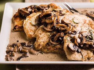 طرز تهیه خوراک مرغ و قارچ ایتالیایی +عکس